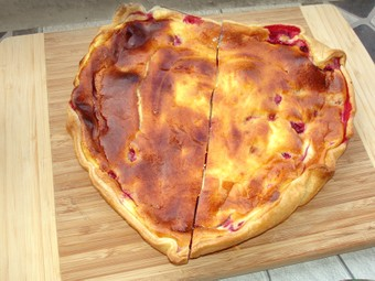 Swiss Tart  With Berries - Waie
